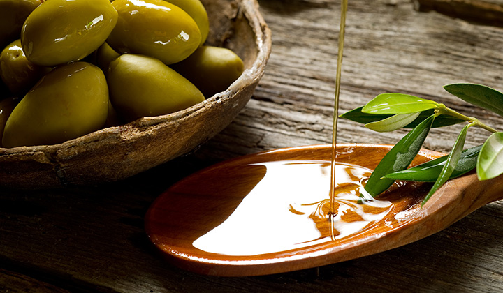 Extra Virgin Olive Oil and Your Skin Dr Joanna